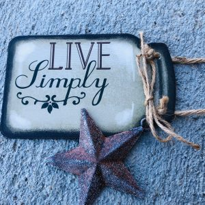 """Live Simply"" – Hanging Sign"